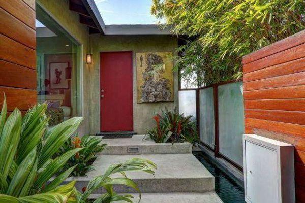 To po tym domu Eva Mendes chodziła nago... (FOTO)