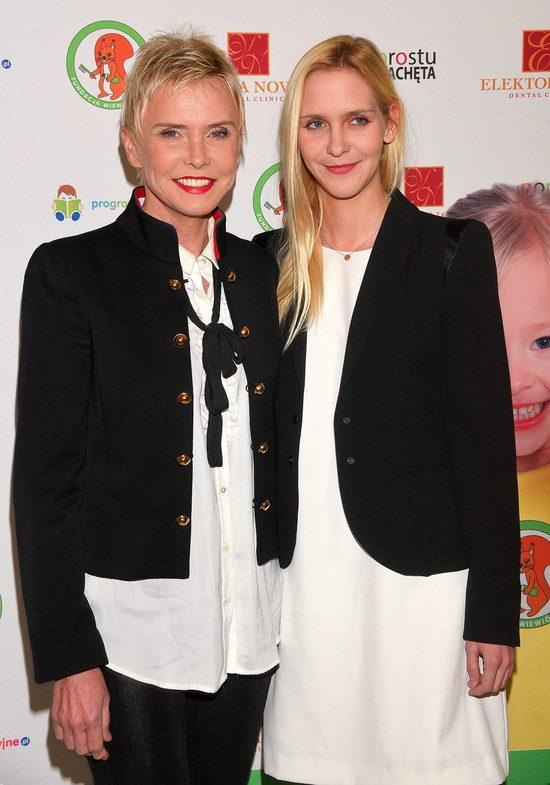 Ewa Błaszczyk opowiada o poprawie w stanie zdrowia córki Oli