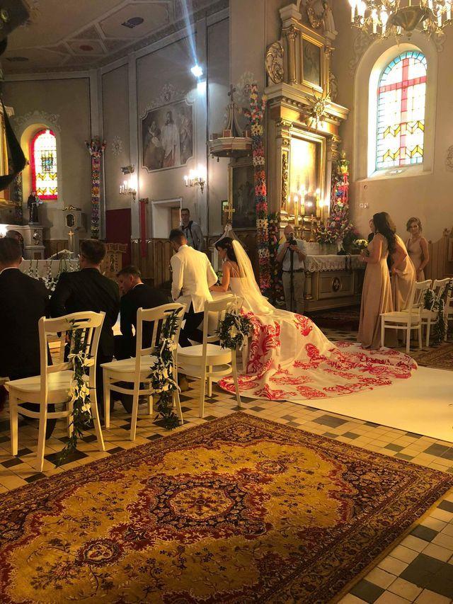 Ewa Mielnicka wyszła za mąż - jej suknia ślubna była niezwykła (ZDJĘCIA)