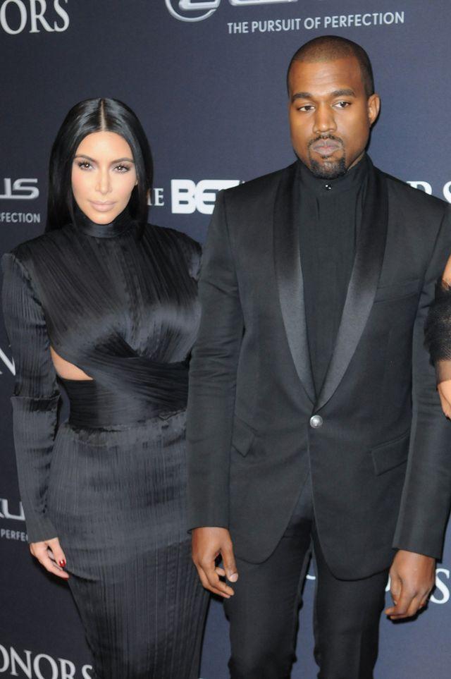 Kim Kardashian i Kanye West na gali 2015 BET Honors