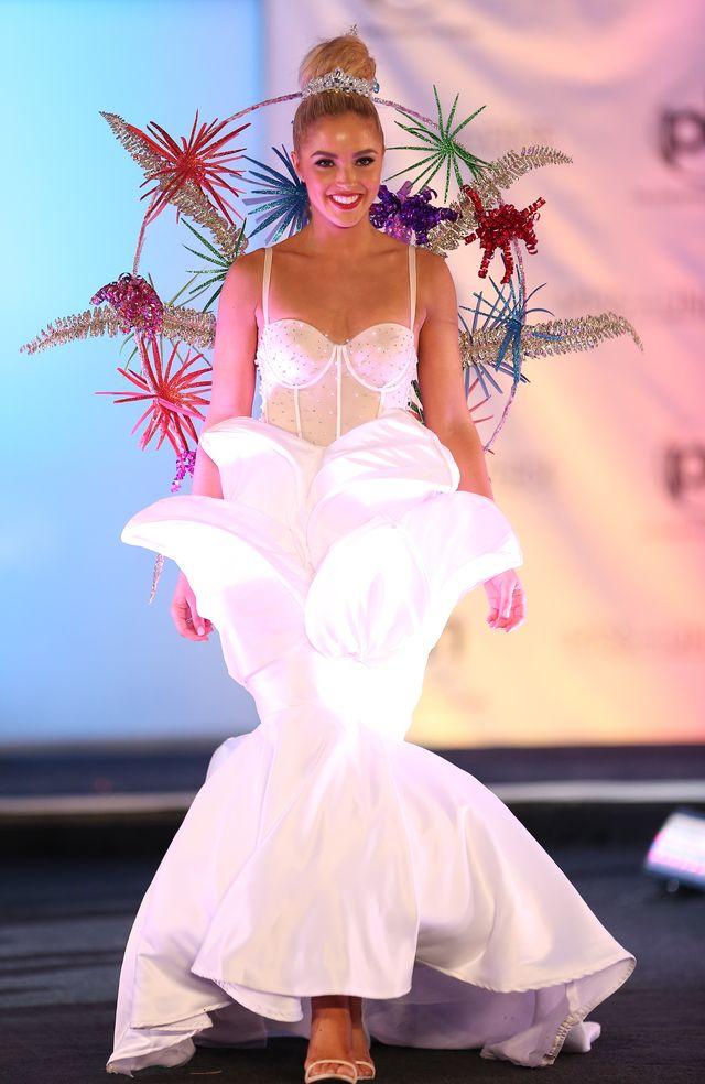 Miss Universe 2017 – Katarzyna Włodarek na pokazie kostiumów narodowych
