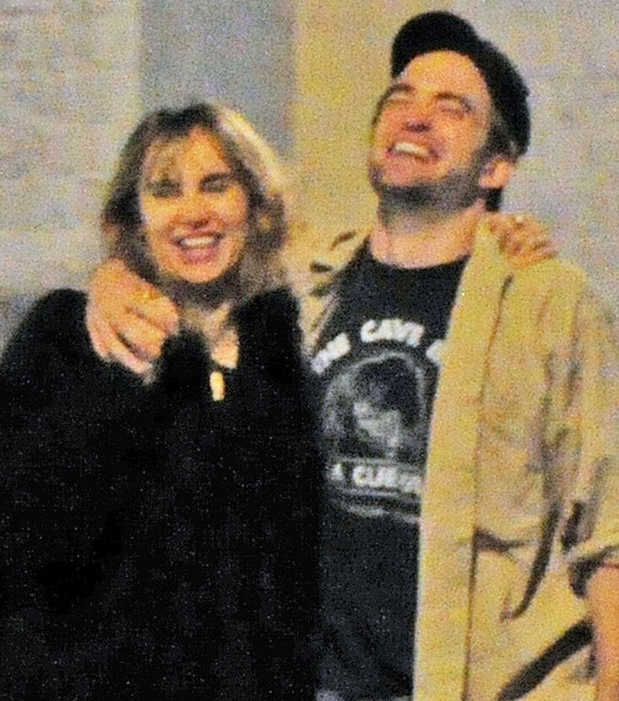 Robert Pattinson całuje się z Suki Waterhouse