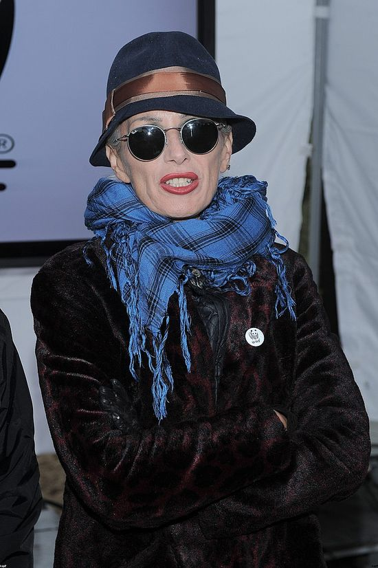 Kora w kapeluszu - sierpień 2013.