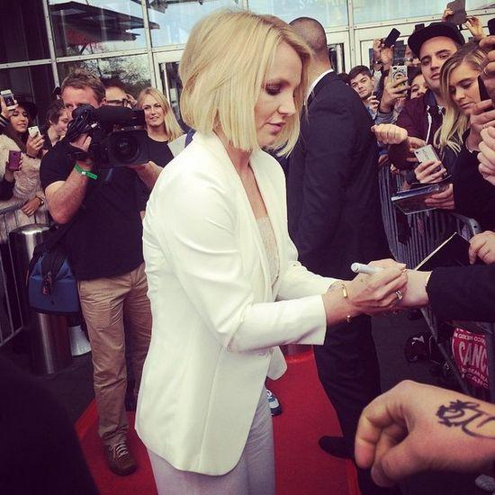 Britney Spears w blond bobie