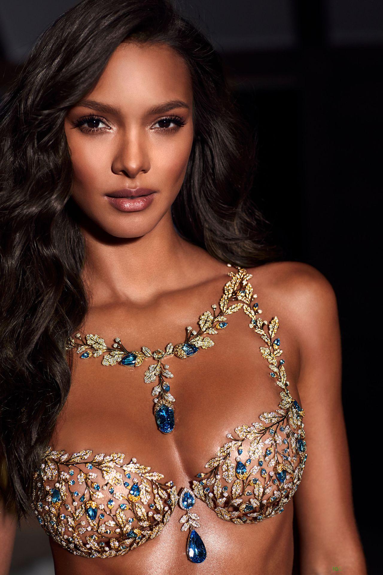 Już dziś Victoria's Secret Fashion Show 2018 - zobaczcie modelki i kosmetyki