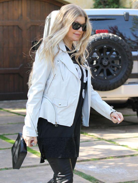 Fergie perfekcyjną mamą? (FOTO)styl