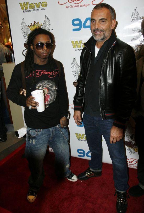 Lil Wayne trafił do szpitala! Miał ciężki atak... (VIDEO)