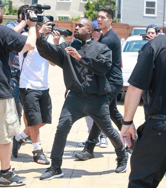 Czy Taylor Swift POZWIE Kanye Westa za teledysk Famous?!
