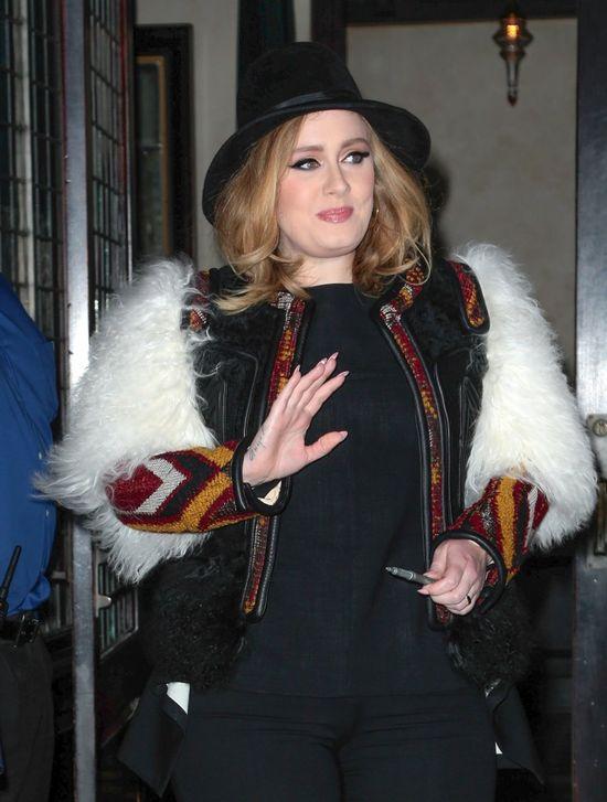 Szok! Adele nakrzyczała na swoją fankę... podczas koncertu! (VIDEO)
