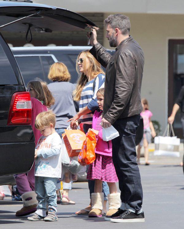 Ben Affleck zdradzał Jennifer Garner z NIANIĄ!