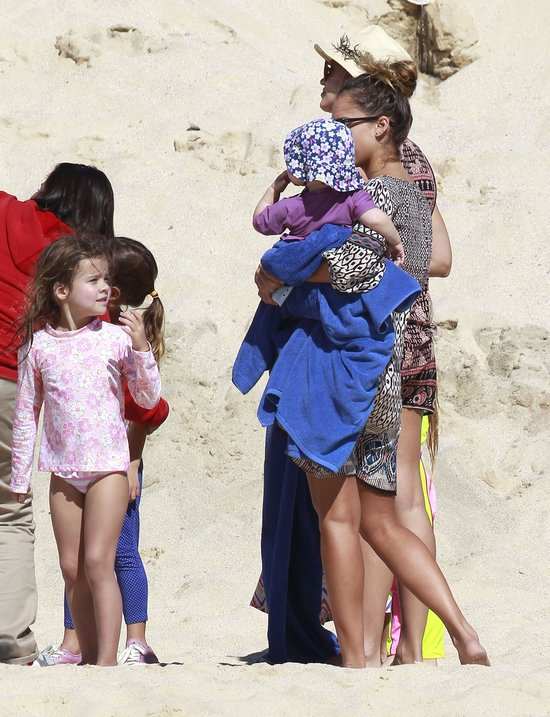 Mama dw�jki dzieci chwali si� figur� (FOTO)