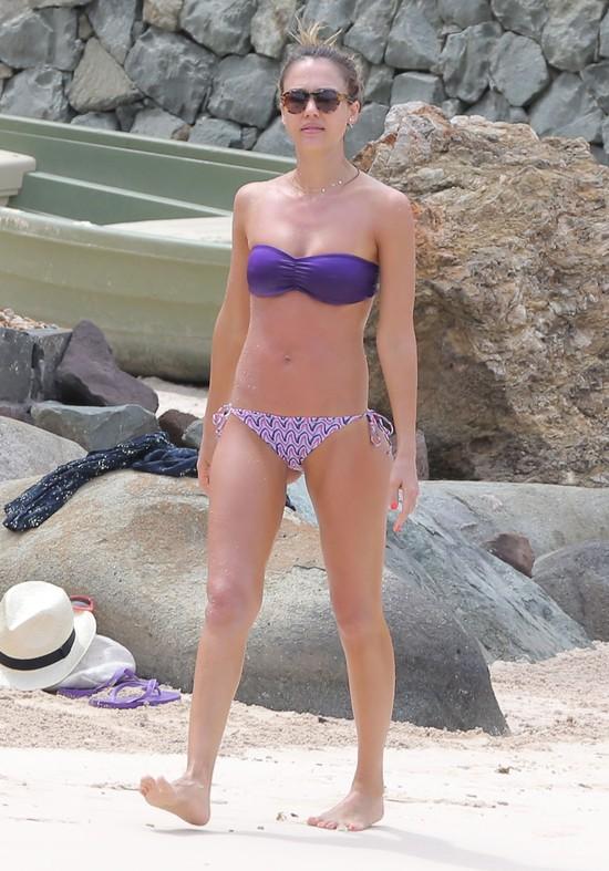 Jak Jessica Alba wróciła do smukłej sylwetki po ciąży?
