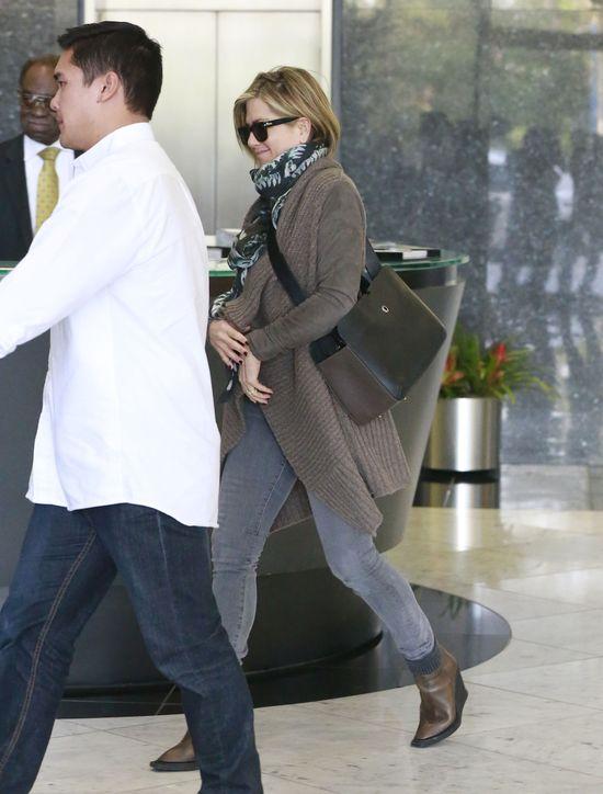 Nowa fryzura Jennifer Aniston - nic specjalnego? (FOTO)