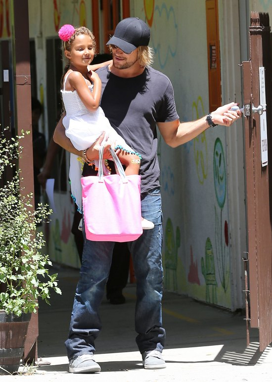 C�rka Halle Berry z prawdziwym tat� (FOTO)