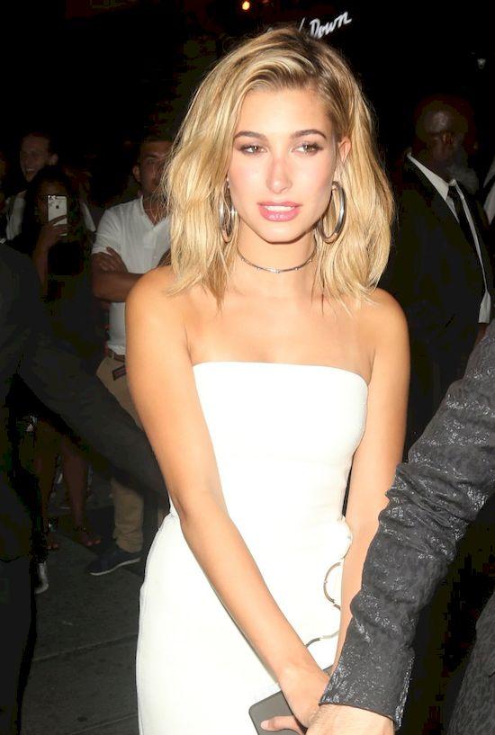 Kylie, Kendall Jenner i Hailey Baldwin utkn�y w windzie z... Tyg�