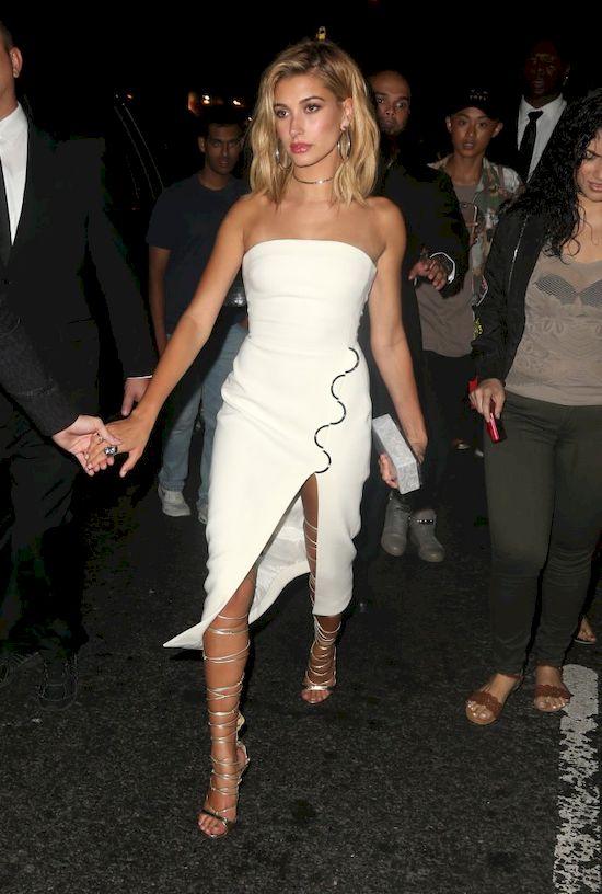 Hailey Baldwin na imprezie u Rihanny oczarowała seksapilem (FOTO)