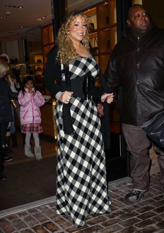 Mariah Carej jak wieeelka szachownica (FOTO)