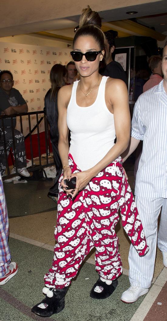 Ciara przyszła na imprezę w...pidżamie!