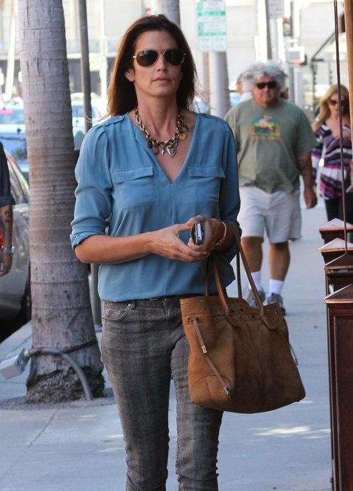 Dlaczego Cindy Crawford zrezygnowała z makijażu? (FOTO)