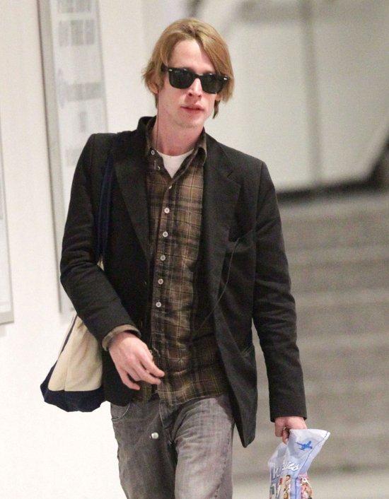 Czy Macaulay Culkin wygl�da na chorego narkomana? (FOTO)