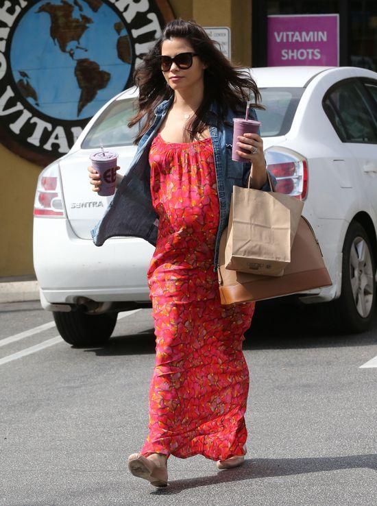 Jenna Dewan ma ju� du�y ci��owy brzuszek (FOTO)