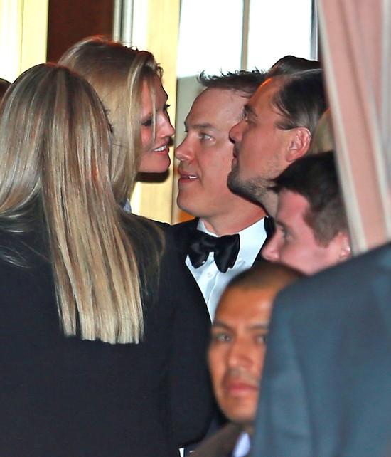 Leonardo DiCaprio i Toni Garrn przyłapani na całusie