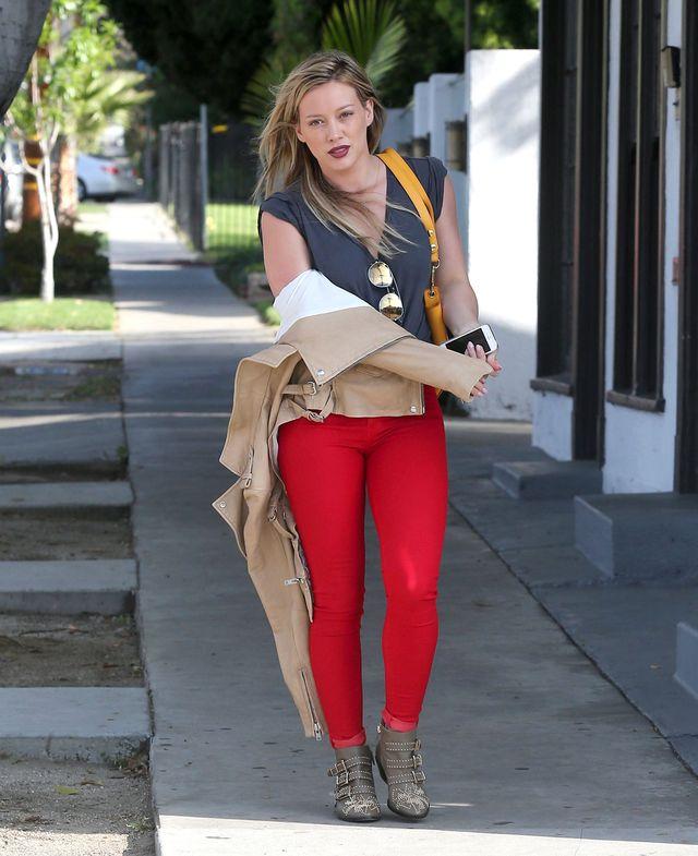 Hilary Duff i jej seksowne krągłości (FOTO)