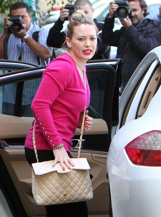 Odchudzona Hilary Duff coraz chętniej pozuje fotoreporterom