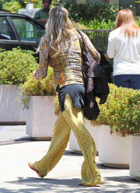 Fergie już nie ukryje brzuszka (FOTO)