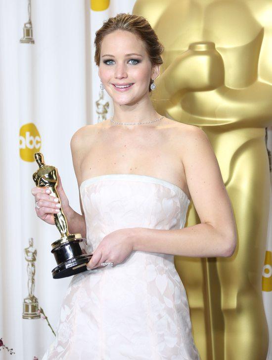 Jennifer Lawrence zgubi�a swojego Oscara?