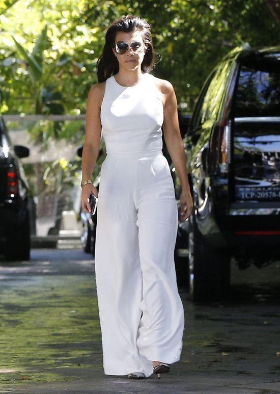 Czy Kourtney Kardashian to prawdziwa dama? Te zdjęcia udowadniają jedno