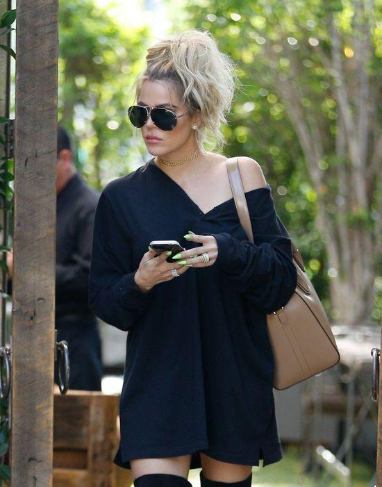 Tym zdjęciem Khloe Kardashian udowodniła jak BARDZO schudła! (FOTO)