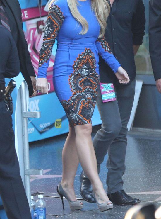 Czy ta sukienka była trafionym wyborem? (FOTO)