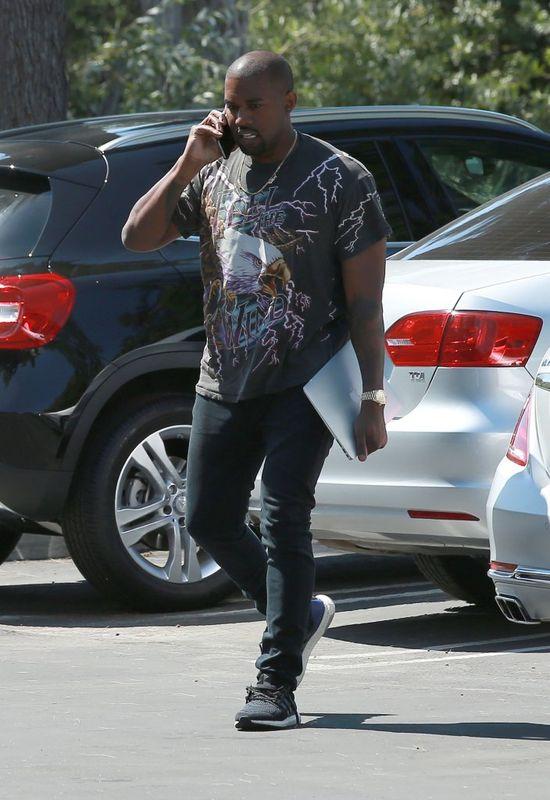 Ray J wściekły na Kanye Westa! Pozwie go za teledysk Famous?