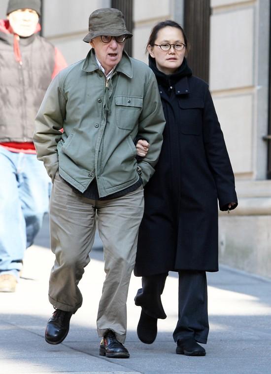 Mia Farrow: Ojcem mojego syna może być Frank Sinatra, nie Wo