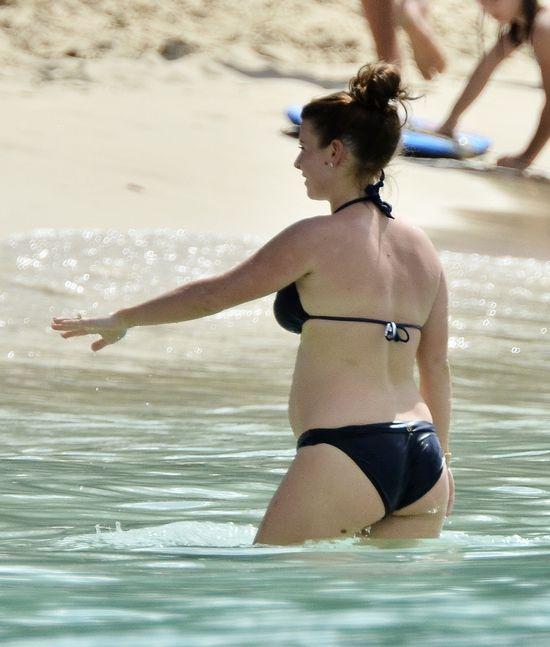 Coleen Rooney pokazuje ciążowy brzuszek (FOTO)