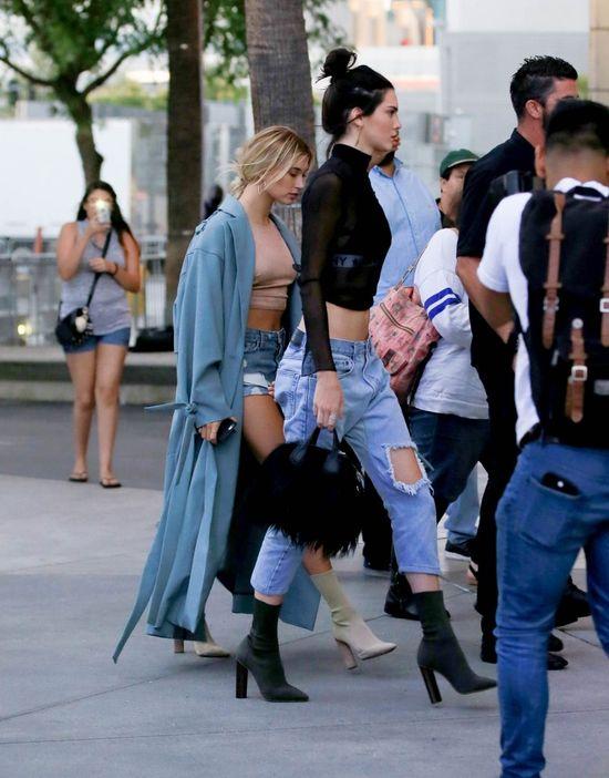 Kendall Jenner po raz pierwszy nie była w centrum uwagi! Show skradła... (FOTO)