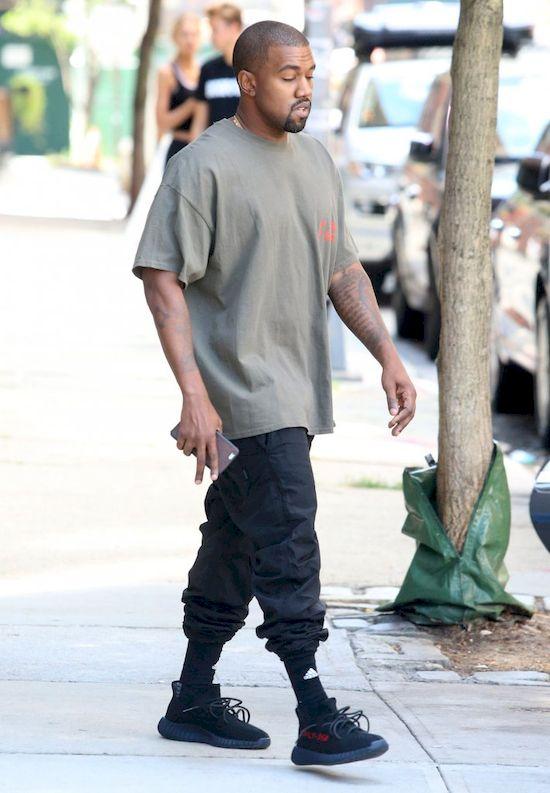 Kanye West pozby� si� kom�rki, aby... mie� czas dla swojej sztuki