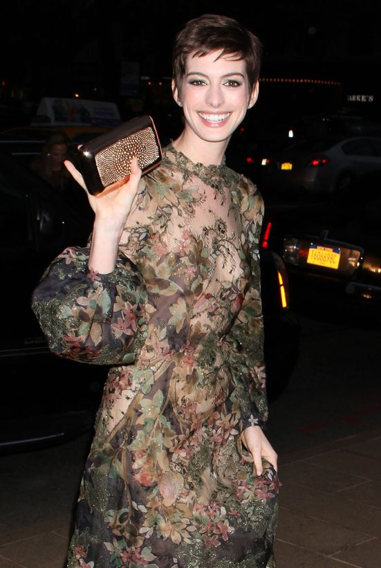 Anne Hathaway na gali New York City Ballet (FOTO)