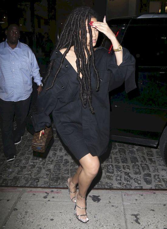 Rihanna w roli... opiekunki do dzieci? Jej siostrzenica jest śliczna!