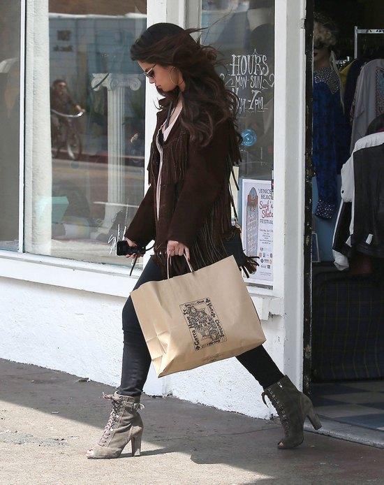 Selena Gomez ma doła (FOTO)