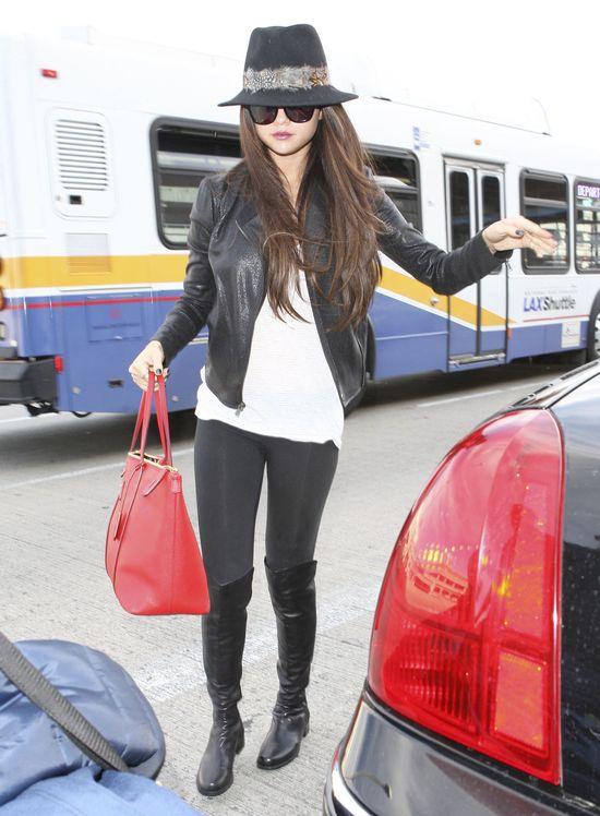 Selena Gomez to prawdiwa modnisia (FOTO)