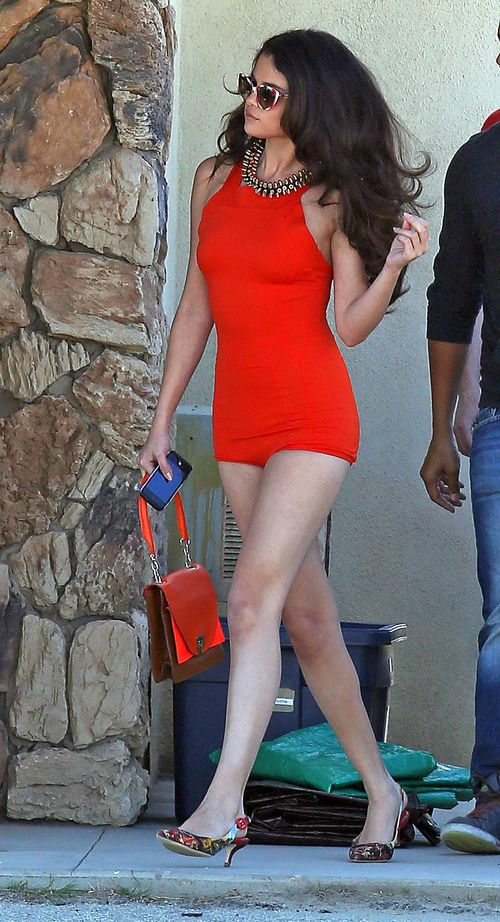 Selena Gomez jako seksbomba z lat sześćdziesiątych (FOTO)