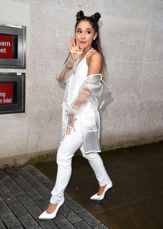 Ariana Grane niemal ZGINĘŁA na koncercie!