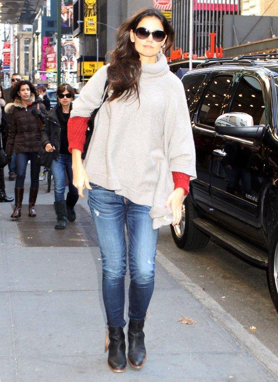 Katie Holmes - do pracy na luzie (FOTO)