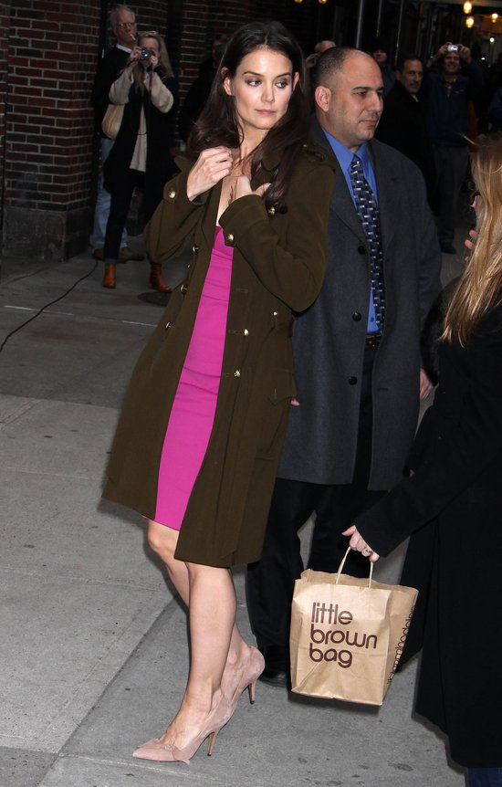 Katie Holmes w SEKSOWNEJ sukience (FOTO)
