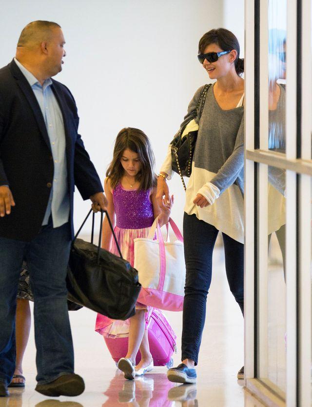 8-letnia Suri Cruise wciąż w krainie księżniczek? (FOTO)