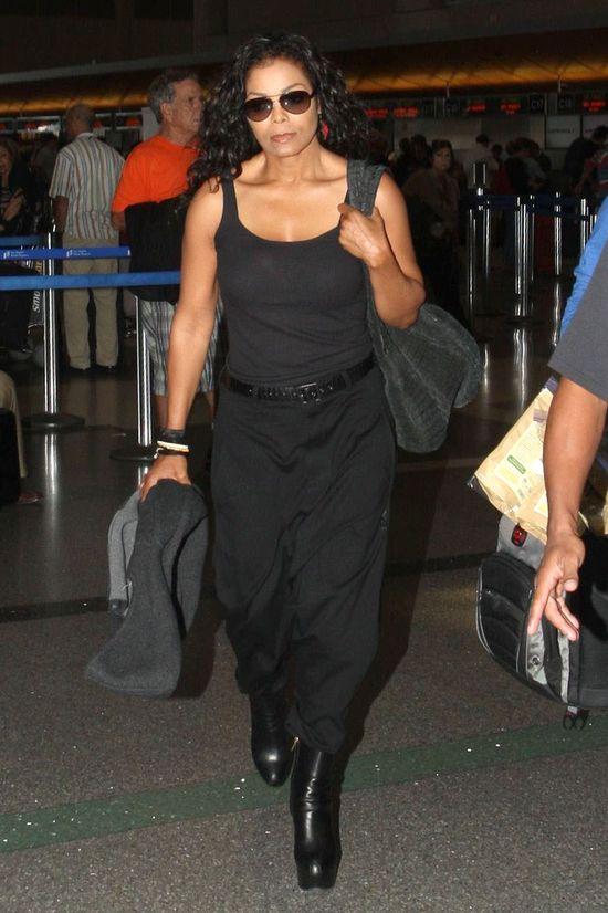 Gdzie ten blask Janet Jackson? (FOTO)