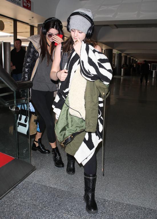 Siostry Jenner nie maj� ochoty na pozowanie (FOTO)