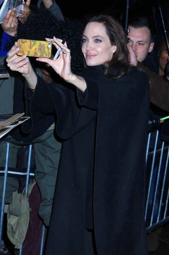 Angelina Jolie: Nie potrafię nawet ugotować spaghetti!